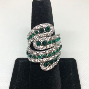 Emerald Green Crystal 925 SF Ring Size 6